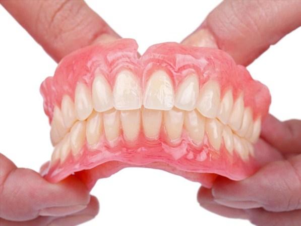 mo-thay-rung-rang-gia Mơ thấy rụng răng đánh lô đề con gì? Giải mã điềm lành hay dữ